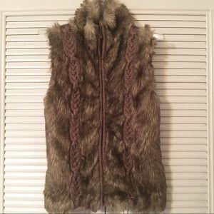 Fenn Wright Manson faux fur sweater  vest